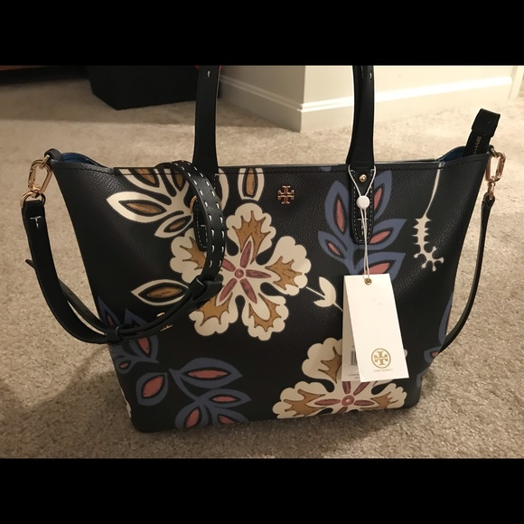 Tory Burch Handbags - Tory Burch Tote and matching wallet